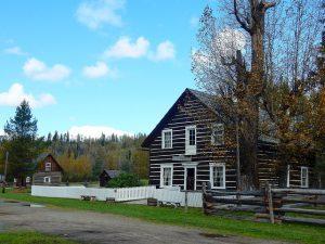cottonwood-house-1650641_640
